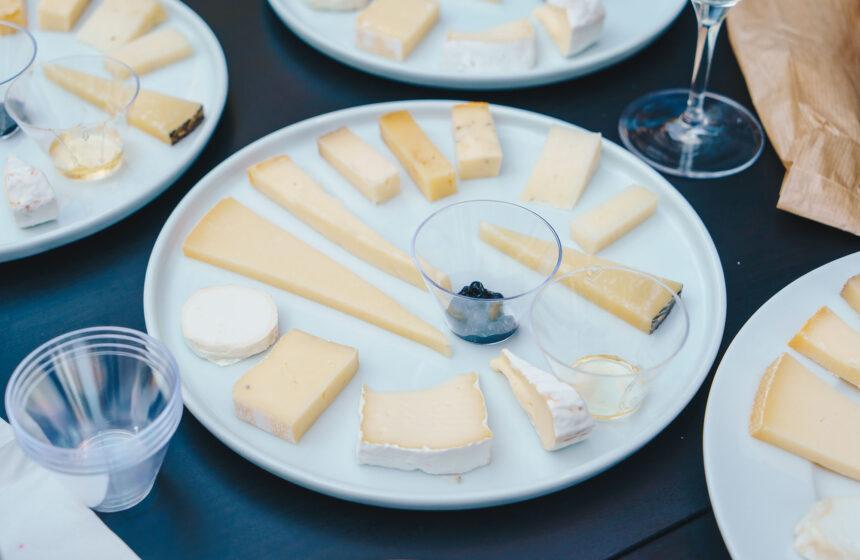 Degustare de brânzeturi în asociere cu vin – interviu Alina Iancu